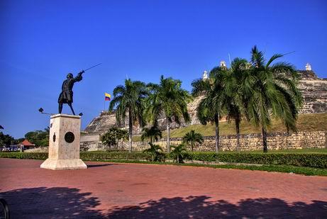 Ajuste de Tamaño de Blas de lezo en el Castillo San Felipe de Barajas Cartagene de Indias - Colombia