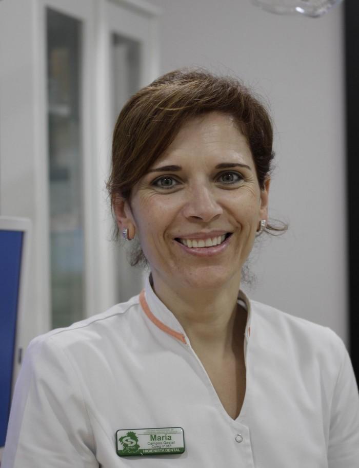 María Higienista Dental