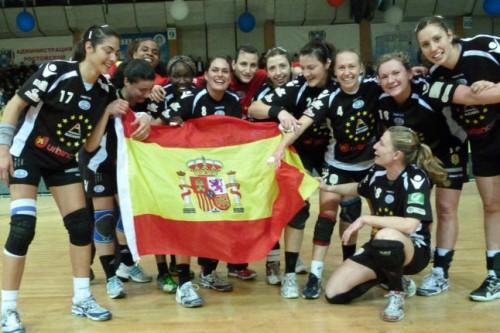 Mar Alicante con la bandera de España