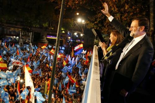 Mariano-Rajoy-saluda-a-los-sim_54239145480_54028874188_960_639