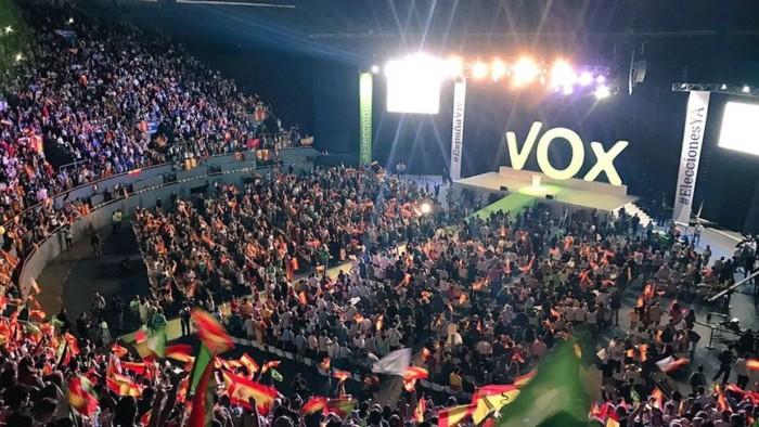 VOX-Palacio_Vistalegre-Santiago_Abascal-Politica_343728205_100494721_864x486