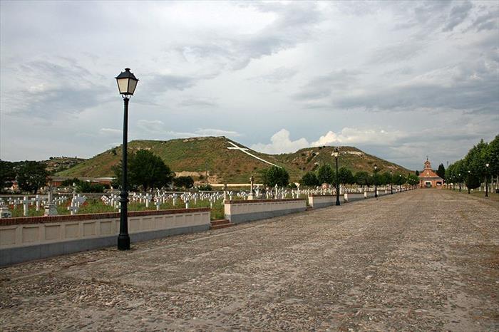 cementerio-de-paracuellos.jpg