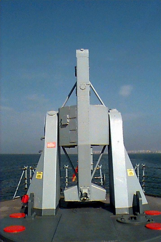 f-74-lanzador-misiles-1.jpg