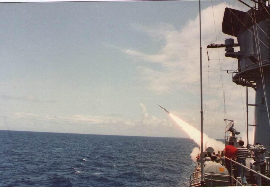 lanzamiento-misiles-1976-eeuu.jpg