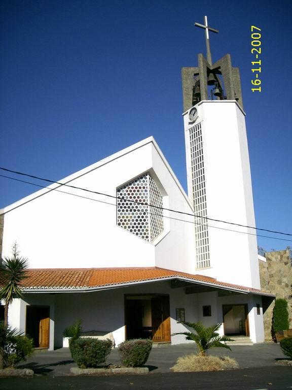 parroquia-de-santa-maria-de-oleiros.JPG