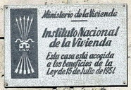 placa-instituto-nacional-vivienda.jpg